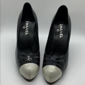 Chanel 09 P1 A G26710 patent leather heels, sz- 40